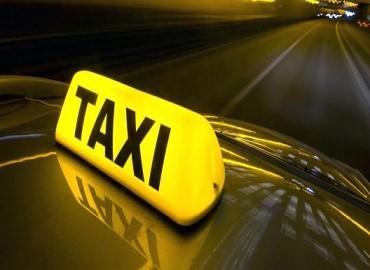 mercedes-taxi